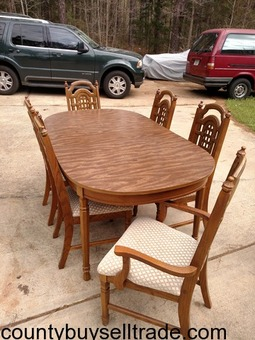 6 Chair and table Dining Room set